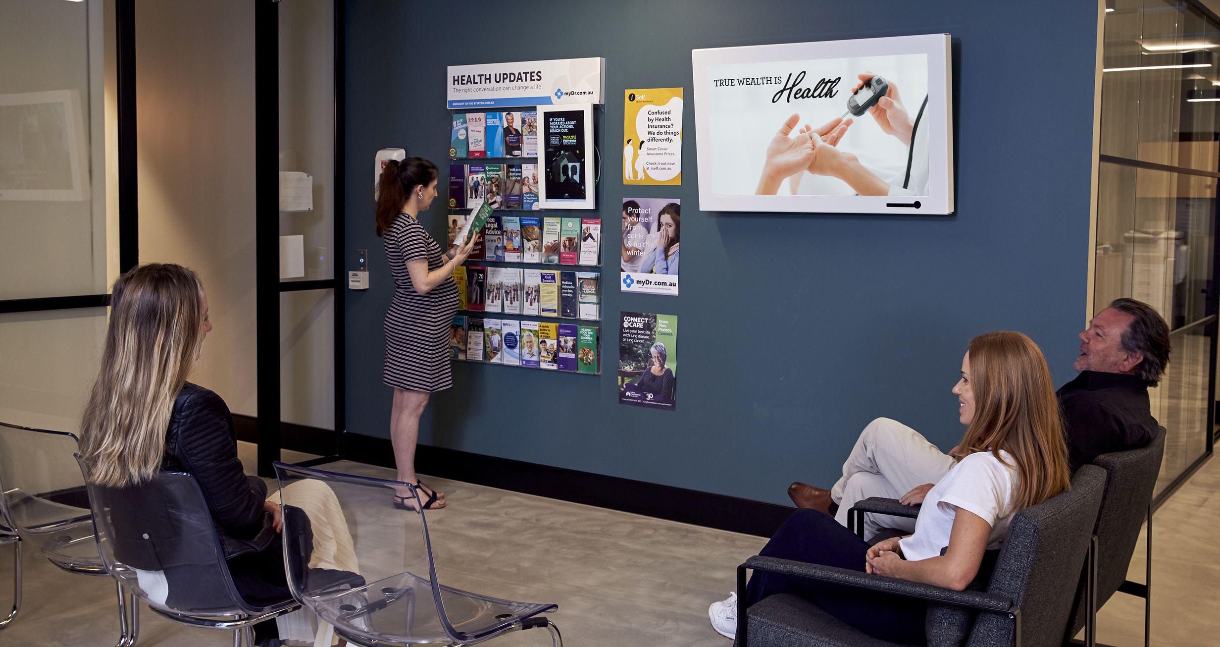 Tonic Media DOOH screen inside of a doctor's waiting room